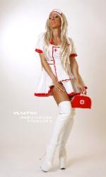 strip-nurse-blondi