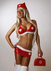 Krankenschweswter blond